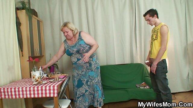 بزرگسالان کوچک و بزرگ لولا پری در بی بی سی از آن استفاده کانال تلگرامی فیلم سوپر سکسی مقعدی می کند!